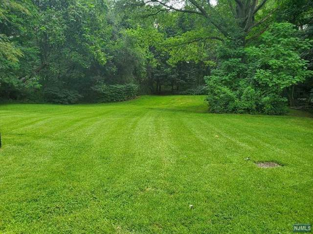 810 Highland Avenue, Paramus, NJ 07652 (#21031013) :: United Real Estate