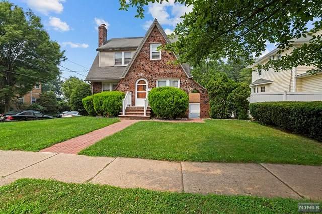172 Larch Avenue, Teaneck, NJ 07666 (MLS #21031031) :: Howard Hanna | Rand Realty