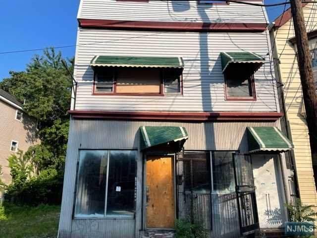 639 Grove Street, Irvington, NJ 07111 (MLS #21031067) :: Kiliszek Real Estate Experts