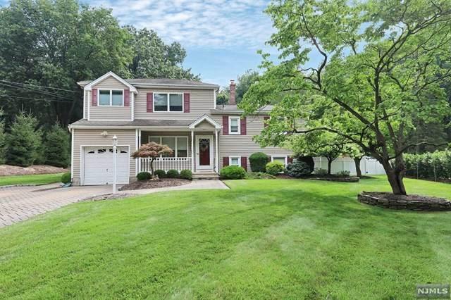 637 Aster Lane, River Vale, NJ 07675 (MLS #21031074) :: Kiliszek Real Estate Experts