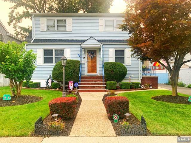 34 Westview Drive, Bergenfield, NJ 07621 (MLS #21031083) :: Howard Hanna | Rand Realty