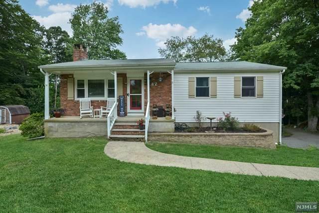 42 Larchmont Drive, West Milford, NJ 07421 (MLS #21031137) :: Howard Hanna | Rand Realty