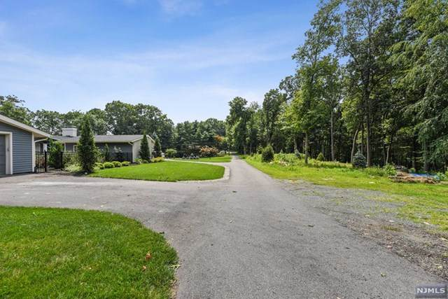 35 Hillcrest Drive, Denville Township, NJ 07834 (MLS #21031199) :: Howard Hanna   Rand Realty