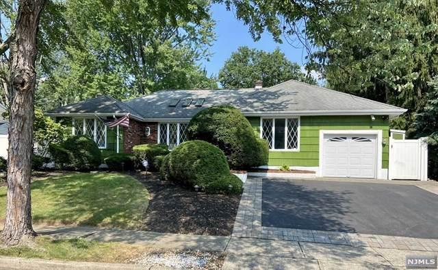 347 Hoover Avenue, Twp Of Washington, NJ 07676 (#21031221) :: United Real Estate