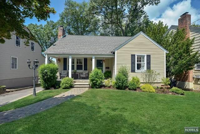 129 1st Avenue, Little Falls, NJ 07424 (MLS #21031245) :: Kiliszek Real Estate Experts