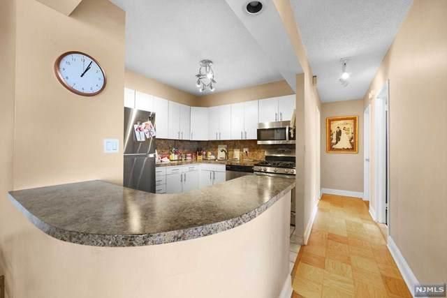 555 North Avenue 10P, Fort Lee, NJ 07024 (#21031254) :: NJJoe Group at Keller Williams Park Views Realty