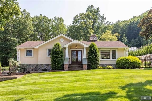 25 Dorothy Drive, North Haledon, NJ 07508 (MLS #21031418) :: Kiliszek Real Estate Experts
