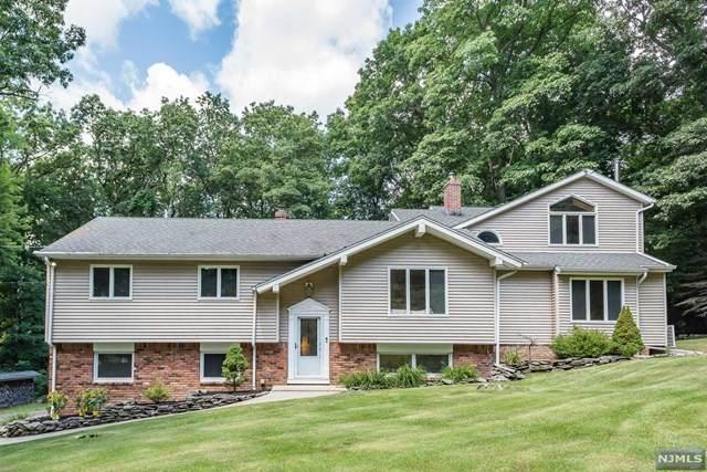 18 Alpine Road, Hardyston, NJ 07460 (MLS #21031473) :: Team Braconi | Christie's International Real Estate | Northern New Jersey