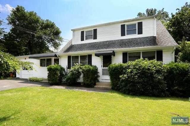 18 Roberta Lane, Waldwick, NJ 07463 (MLS #21031518) :: The Dekanski Home Selling Team