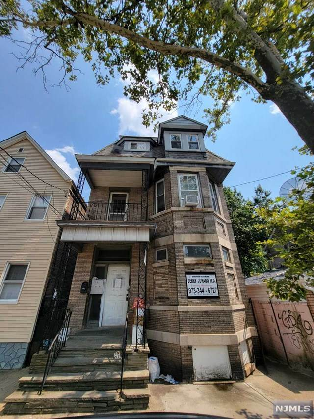 154 Van Buren Street - Photo 1