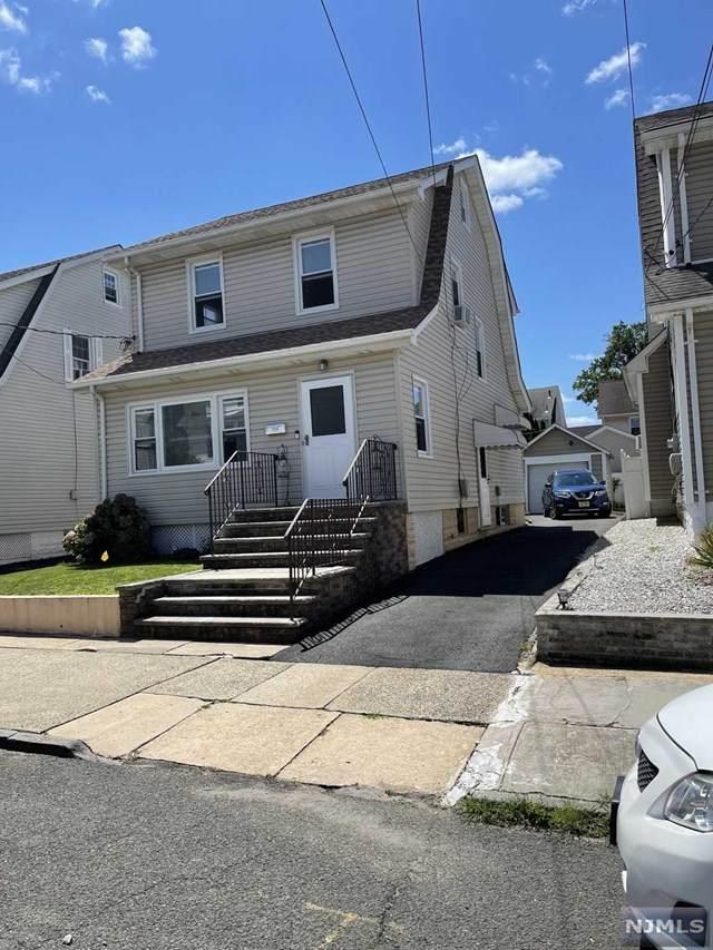 24 Jefferson Avenue, Bloomfield, NJ 07003 (MLS #21031528) :: The Dekanski Home Selling Team