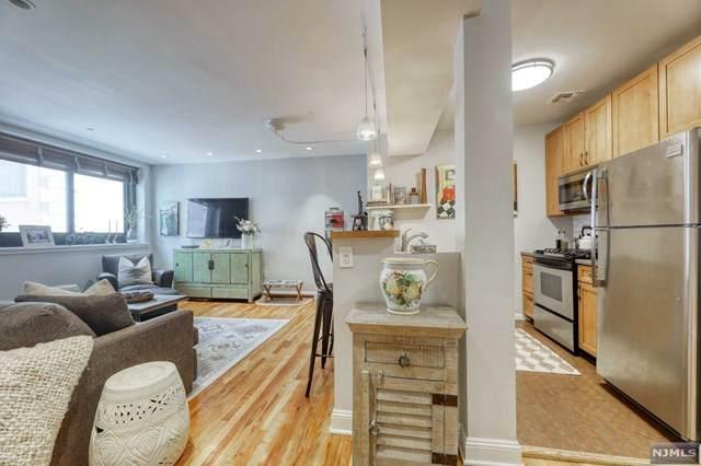 518-536 Gregory Avenue B310, Weehawken, NJ 07086 (#21031562) :: United Real Estate