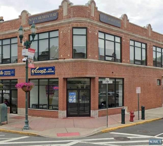 405 Kearny Avenue - Photo 1