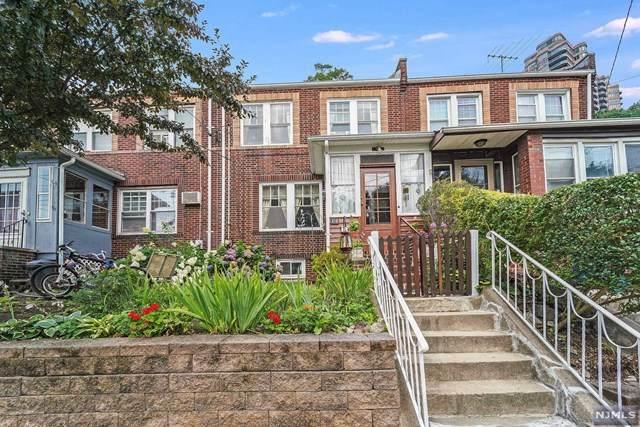 330 Undercliff Avenue, Edgewater, NJ 07020 (#21031694) :: United Real Estate