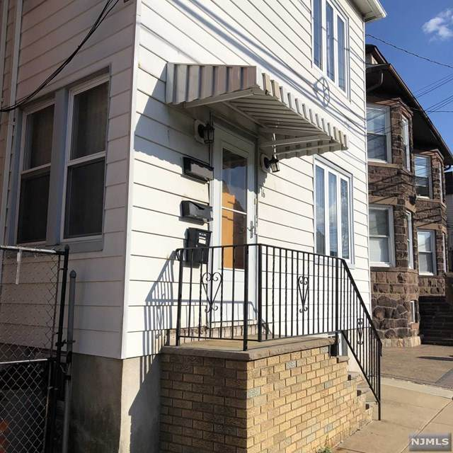 16 Franklin Avenue - Photo 1