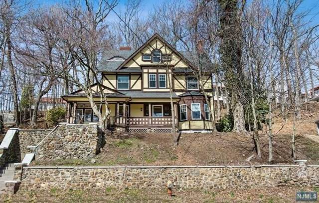 1262 Valley Road, Clifton, NJ 07043 (MLS #21031823) :: Provident Legacy Real Estate Services, LLC