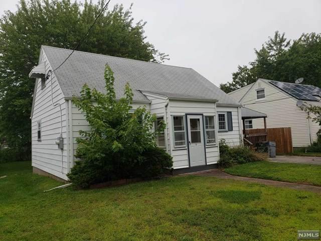 34 Elm Hill Road, Clifton, NJ 07013 (MLS #21031831) :: Provident Legacy Real Estate Services, LLC