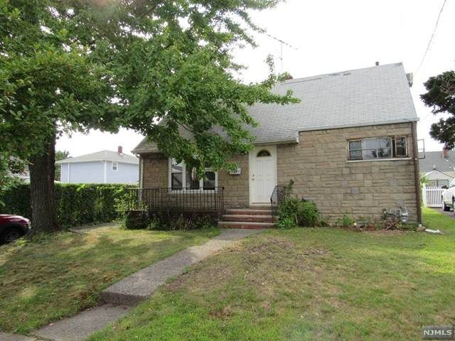 39 Blue Ridge Road, Lodi, NJ 07644 (#21031858) :: United Real Estate