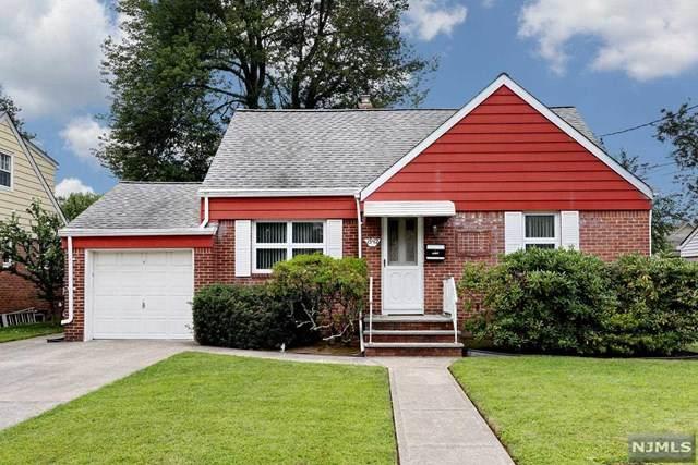 15-12 Elmary Place, Fair Lawn, NJ 07410 (MLS #21032062) :: The Sikora Group