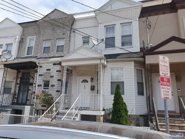 142 Sherman Avenue - Photo 1