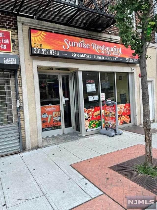 5211 Bergenline Avenue, West New York, NJ 07093 (MLS #21032745) :: Team Braconi | Christie's International Real Estate | Northern New Jersey