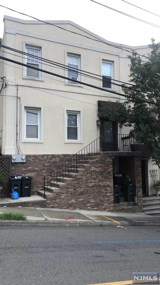 189 Walker Street - Photo 1