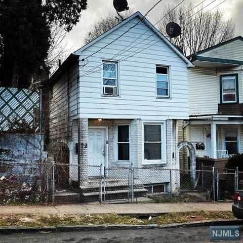 72 8th Street - Photo 1