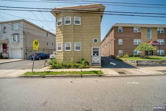 251 Schuyler Avenue - Photo 1