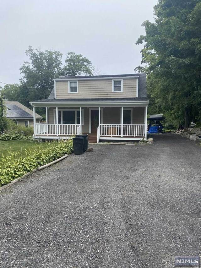 37 Pine Hill Road - Photo 1