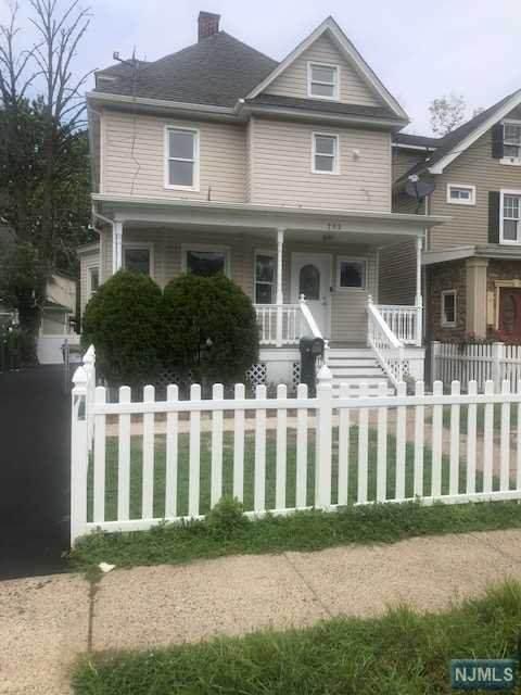 752-754 W Front Street, Plainfield, NJ 07060 (MLS #21033545) :: Team Braconi | Christie's International Real Estate | Northern New Jersey