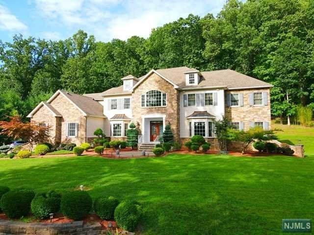 1647 Washington Valley Road, Bridgewater, NJ 08836 (MLS #21034936) :: Team Braconi | Christie's International Real Estate | Northern New Jersey