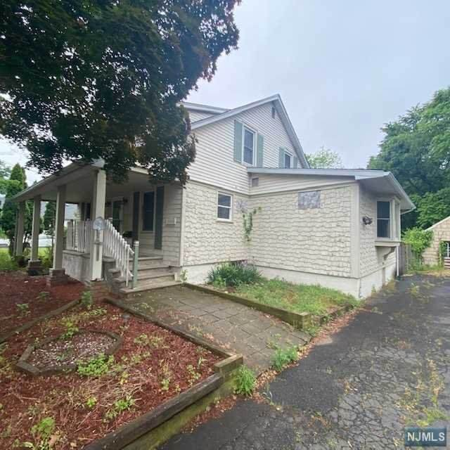 1616 Ford Avenue, South Plainfield, NJ 07080 (MLS #21035055) :: Team Braconi   Christie's International Real Estate   Northern New Jersey