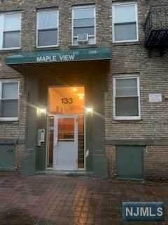 133 Maple Avenue - Photo 1
