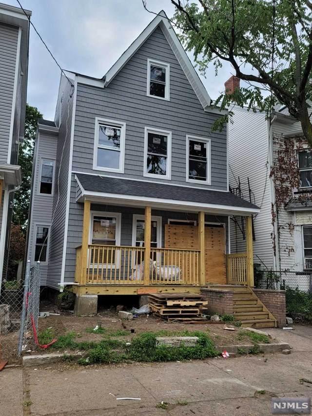 269 Hamilton Avenue - Photo 1