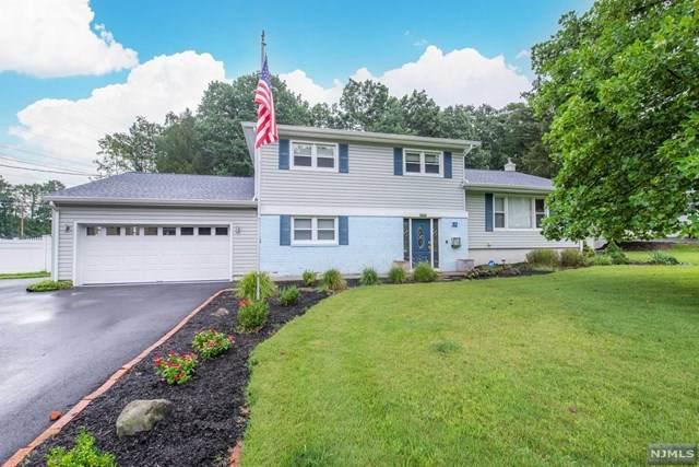 32 Stonybrook Road, West Caldwell, NJ 07006 (MLS #21035968) :: Team Braconi | Christie's International Real Estate | Northern New Jersey