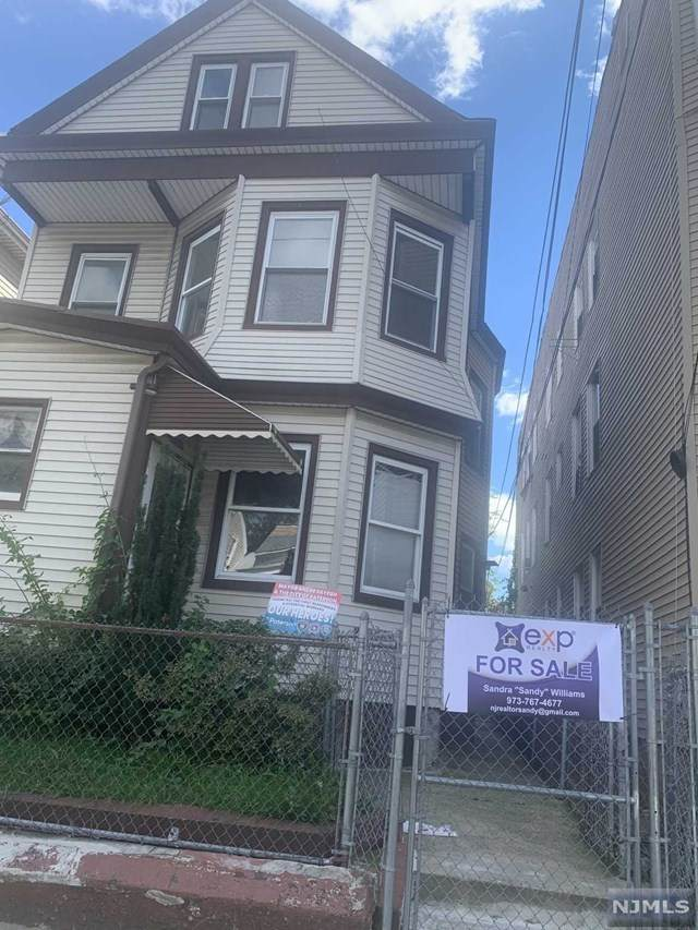 312 Hamilton Avenue - Photo 1
