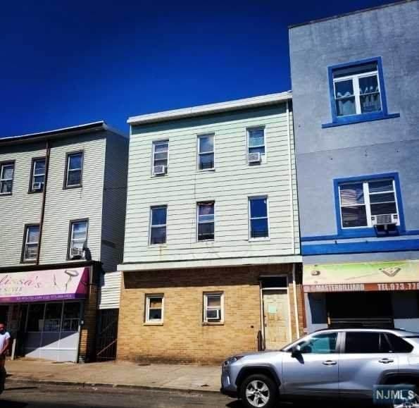 280 Passaic Street - Photo 1
