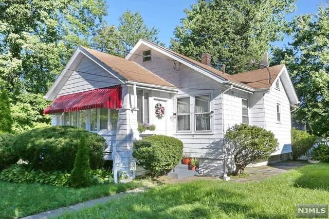 215 Vreeland Avenue, Bergenfield, NJ 07621 (MLS #21036184) :: Kiliszek Real Estate Experts