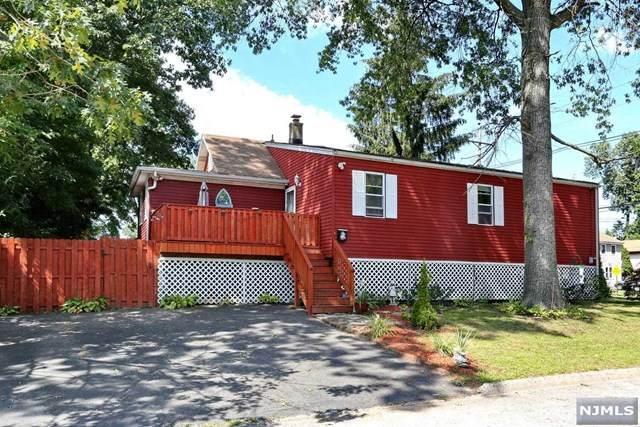 268 Hickory Avenue, Bergenfield, NJ 07621 (MLS #21036249) :: Kiliszek Real Estate Experts