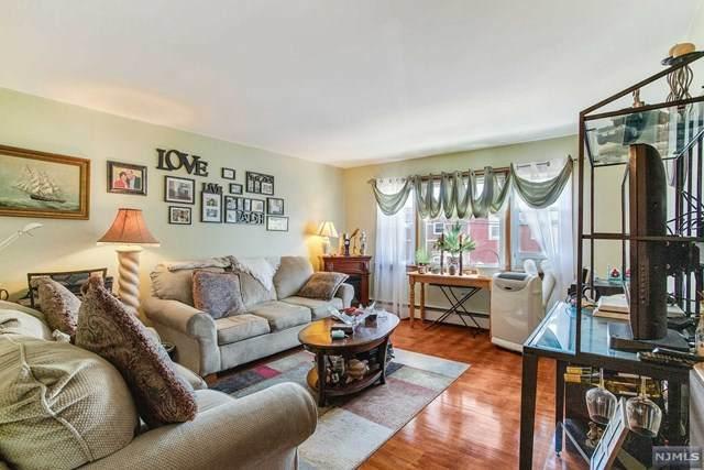 549-551 Laurel Avenue - Photo 1
