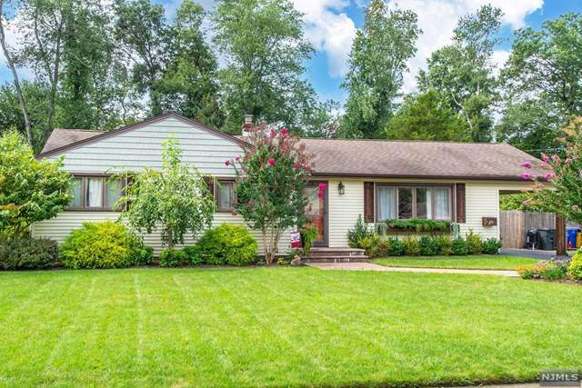 18 Evergreen Drive, Lincoln Park Borough, NJ 07035 (#21036626) :: United Real Estate