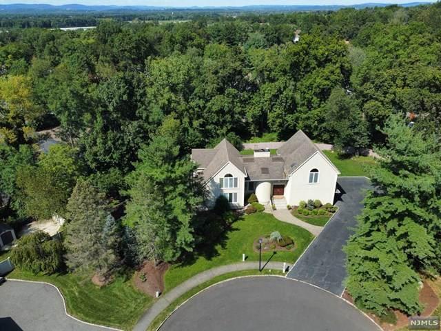 4 Woodland Road, West Caldwell, NJ 07006 (MLS #21036897) :: Team Braconi | Christie's International Real Estate | Northern New Jersey