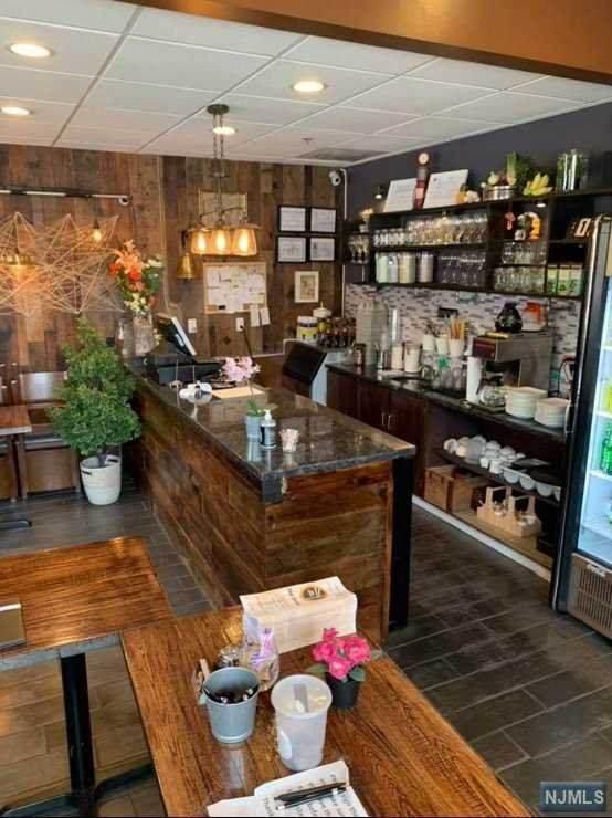 271 Valley Boulevard, Wood Ridge, NJ 07075 (MLS #21037210) :: Kiliszek Real Estate Experts