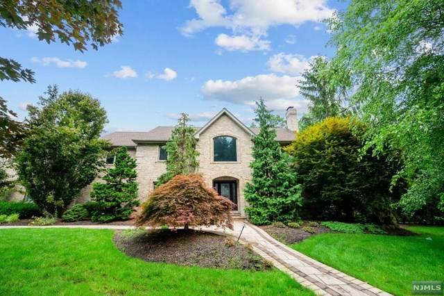 62 Burtwood Court, Allendale, NJ 07401 (MLS #21037469) :: Team Braconi | Christie's International Real Estate | Northern New Jersey