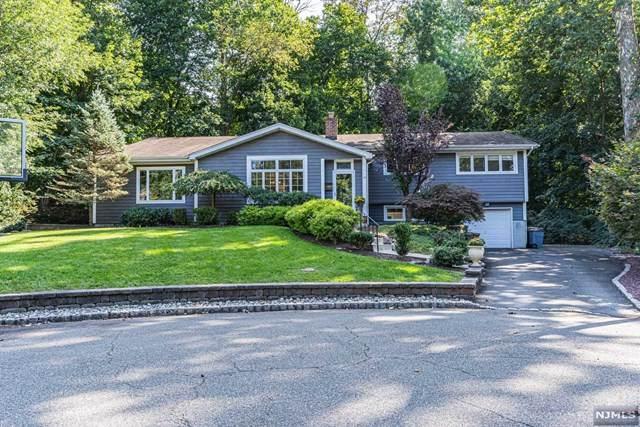12 Westbrook Drive, Caldwell, NJ 07006 (MLS #21037585) :: Team Braconi | Christie's International Real Estate | Northern New Jersey