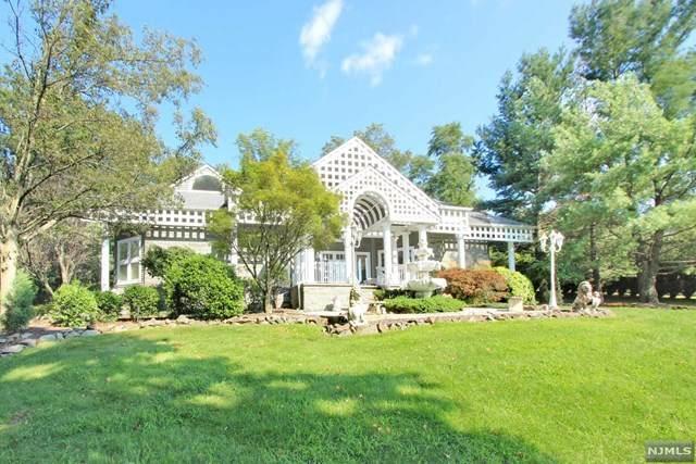 710 Totowa Road, Totowa, NJ 07512 (MLS #21037664) :: Team Braconi | Christie's International Real Estate | Northern New Jersey