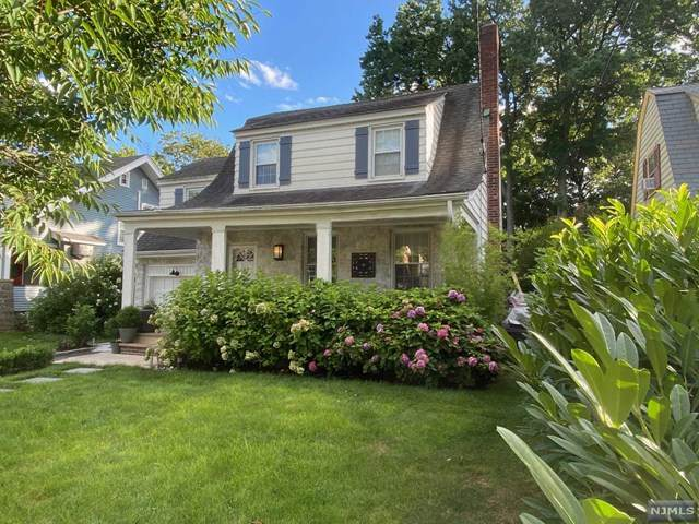 14 E Bayview Avenue, Englewood Cliffs, NJ 07632 (MLS #21037671) :: Corcoran Baer & McIntosh