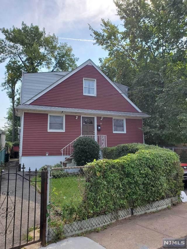 90 Chestnut Avenue, Irvington, NJ 07111 (MLS #21037687) :: Pina Nazario