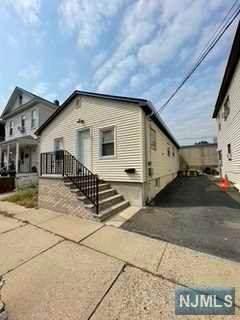 31-33 Roma Street, Nutley, NJ 07110 (MLS #21037699) :: Team Braconi   Christie's International Real Estate   Northern New Jersey