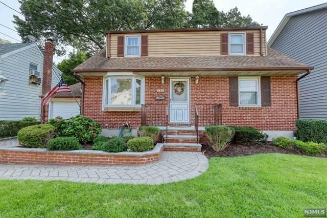 137 Frederick Place, Bergenfield, NJ 07621 (MLS #21037737) :: Kiliszek Real Estate Experts